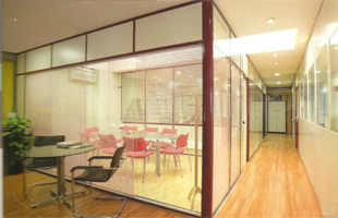 cloison de bureau cloison aluminium cloison amovible cloison de s paration cloison modulaire. Black Bedroom Furniture Sets. Home Design Ideas